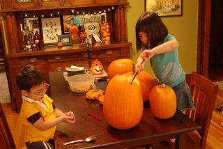 Halloween-pumpkins, kids2